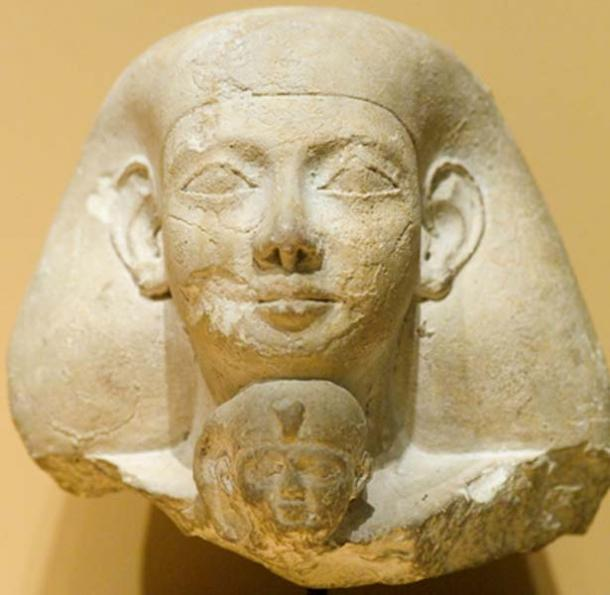 Statue of Senenmut