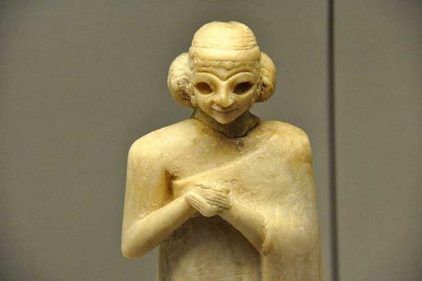Statue of a Sumerian woman c. 2400 BC