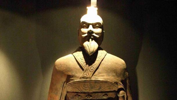 Statue of emperor Qin, China (reconstitution).
