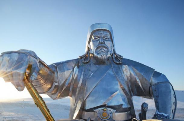 Statue of Genghis Khan with Legendary golden whip, Mongolia (mors74/ Adobe Stock)