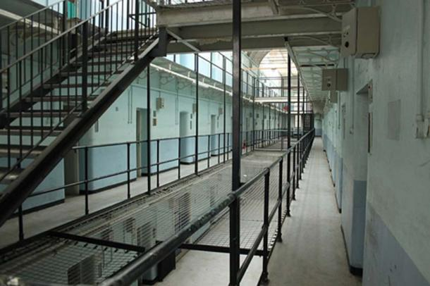 Stay at Shepton Mallet Prison to see how the prisoners lived. Source: Rodw / CC BY-SA 4.0