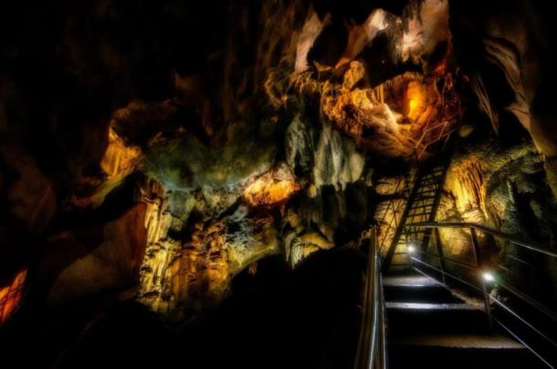 The Steep and Winding Ladders of the Chifley Cave at Jenolan Caves. Credit: Paul / Adobe Stock