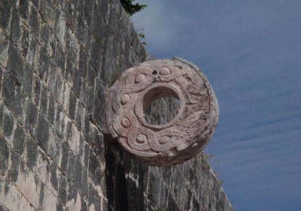 Stone hoop at Chichen Itzá