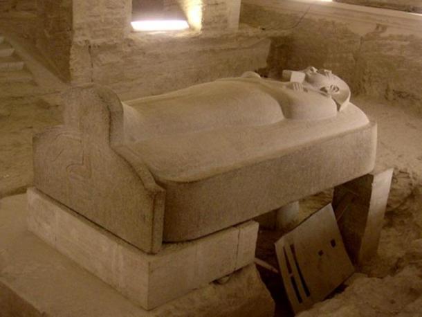 Stone sarcophagus of Merneptah in KV8.