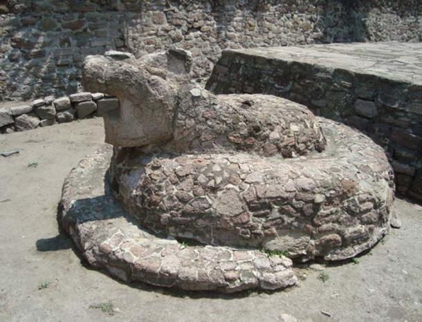 Stone serpent (Kukulkan) at Tenayuca, Mexico State (Image: Jose Miguel Almeyda)