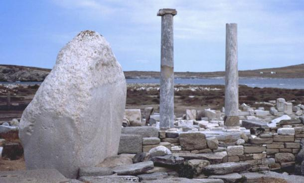 Stone structures and monuments by the sea at Delos