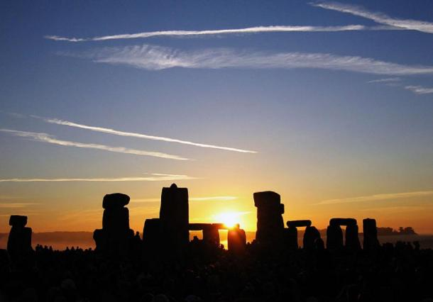 The Sun rising over Stonehenge at the 2005 Summer Solstice. (CC BY-SA 2.0)
