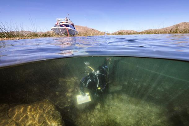 Systematic underwater archaeological excavations from an underwater ceremonial location near the Island of the Sun in Lake Titicaca, Bolivia. (Teddy Seguin)