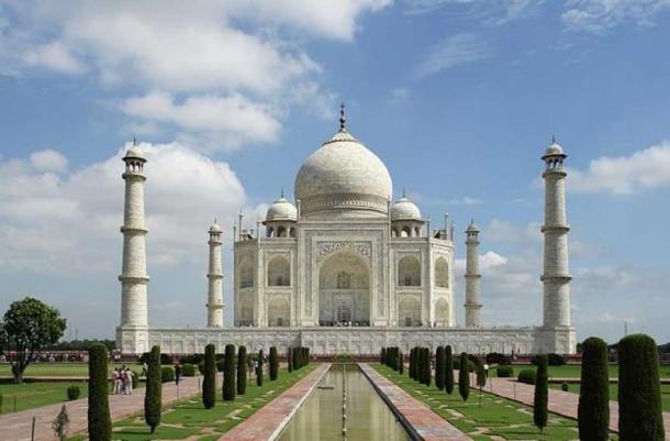 Taj Mahal. (Yann Forget/CC BY SA 3.0)