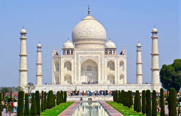 In happier times the Taj was a monument of renowned purity. (CC0)