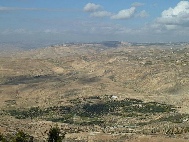 The city of Tall el-Hammam is located in the south of the Jordan River Valley.