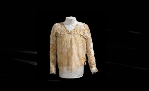 The Tarkhan Dress. Source: The Petrie Museum of Egyptian Archaeology UCL