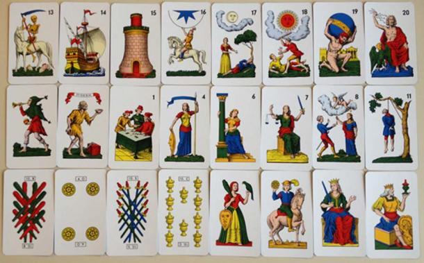 Tarot cards from the Tarocco Siciliano (Countakeshi/CC BY-SA 4.0)