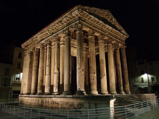 The Temple of Auguste and Livie lit up at night, Vienne, France