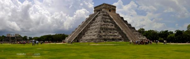 The Temple of Kukulkan, Chichen Itza, Yucatan, Mexico
