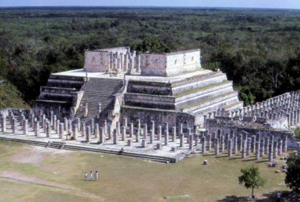 Temple of the Warriors at Chichen Itza, Mexico. (CC BY 2.0)