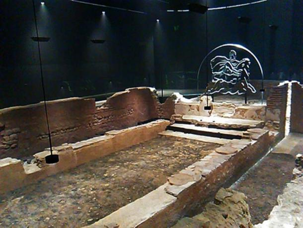 Temple to Mithra beneath the Bloomberg Space. (Gapfall / CC BY-SA 4.0)