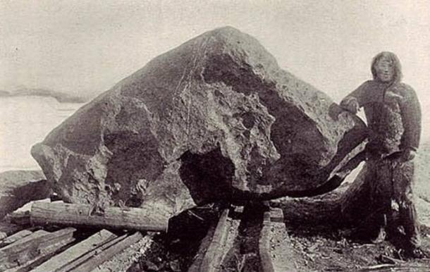 Tent meteorite at Cape York