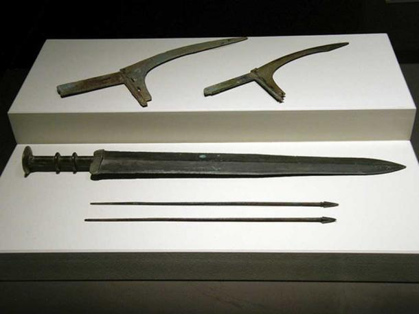 Terracotta Weapons: Dagger-Axe Blades, Sword, and Crossbow Bolts
