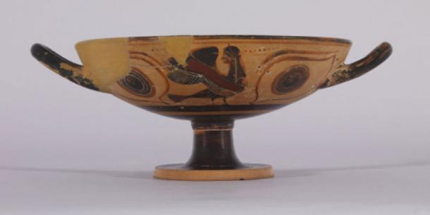 Terracotta two handed vase or Kylix, decorated with black Sirens