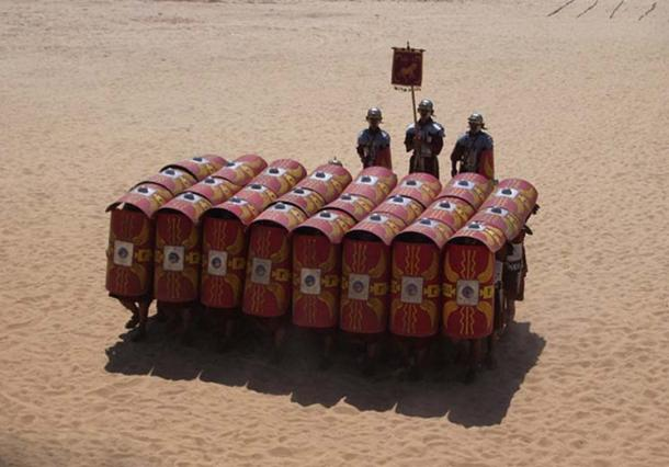 Testudo formation. (Neil Carey/CC BY SA 2.0)