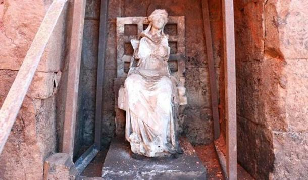The 2,100-year-old marble sculpture of Kybele at the site of the ancient castle in Turkey. (Greek Reporter)