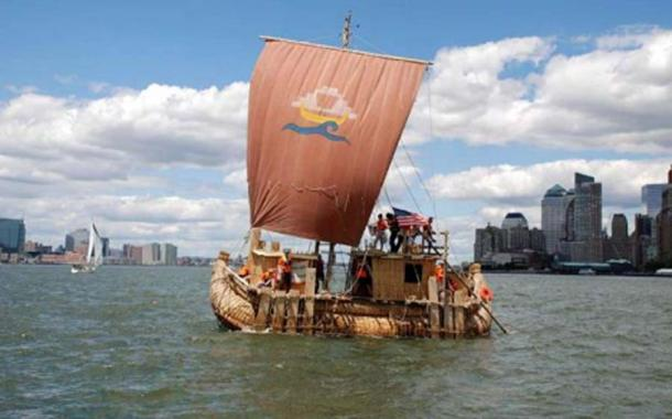 The Abora IV was built to resemble the famous Ra II reed boat. (abora.eu)