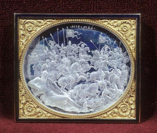 The Battle of Pavia in an engraved rock crystal cameo relief commissioned by Cardinal Ippolito de' Medici, by Giovanni Bernardi, Rome, c 1531-35