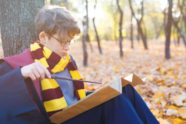 The Catholic school believes that the curses and spells included in the Harry Potter books are real. (Natali / Adobe Stock)