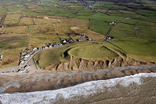 The Dinas Dinlle coastal fort is an Iron Age hill fort experts have identified as under the threat of climate change. Source: Crown Copyright