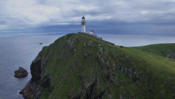 The Eilean Mor lighthouse, Scotland. (CC BY SA 2.0 )