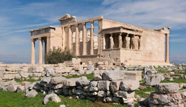 The Erechtheum, western side, Athens Acropolis. (Jebulon / Public Domain)