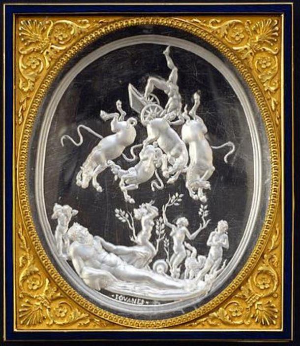 'The Fall of Phaeton' (1531-1535) by Giovanni Bernardi. (Public Domain)