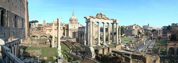 The Forum Romanum. View facing north east from above the Portico Dii Consentes. (DannyBoy7783/GNU Free Documentation License)