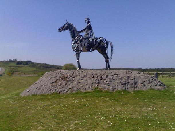 """""""The Gaelic Chieftain"""", a modern sculpture commemorating O'Donnell's victory at the battle at Curlew Pass in 1599. (Gavigan 01/CC BY SA 3.0)"""