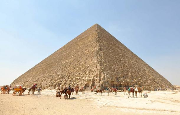 The Great Pyramid of Giza as it appears today, stripped of casing stones. (CC BY 2.0)