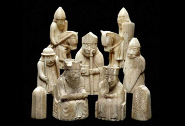 The Lewis chessmen ( Ninox / Flickr )