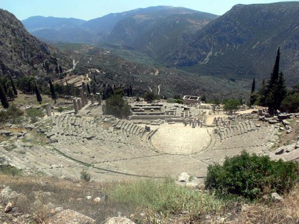 The Macedonians fought for control of Delphi. The ruins of ancient Delphi. (Fingalo / CC BY-SA 2.0)