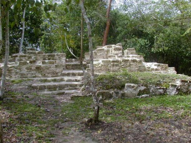 """The Maya house site Tzunu'un, which means means """"hummingbird"""" in Mayan"""