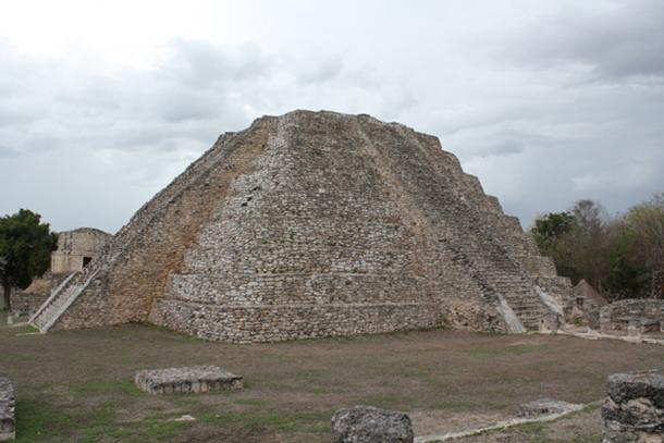 The Mayapan pyramid (Arian Zwegers / flickr)