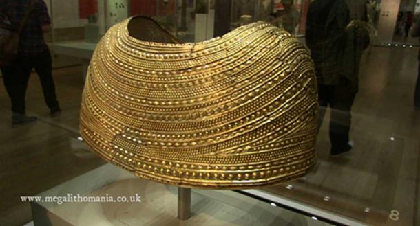 The Mold cape made of gold now on display in the British Museum. (Image via author)
