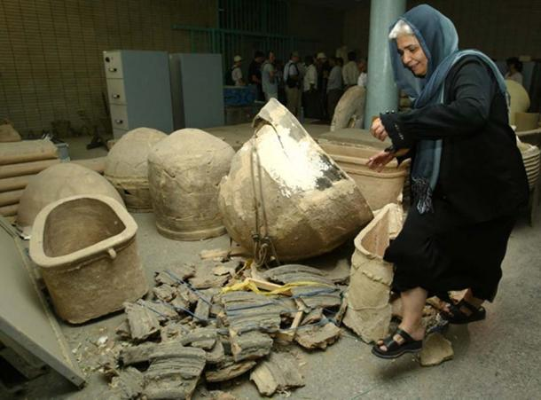 The National Museum of Iraq in the wake of looting in 2003. Image:Jamal Saidi