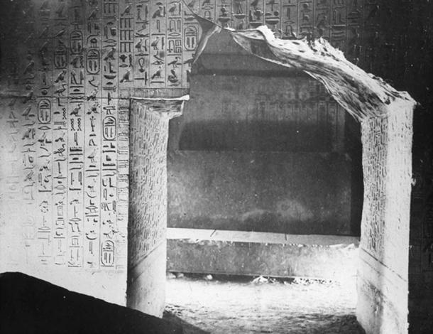 The Pyramid Texts inscribed on the interior chamber walls of the 5th dynasty pyramid of Unas at Saqqara. (GDK / Public Domain)