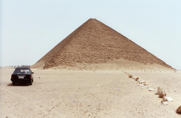 The Red Pyramid in Dahshur. (CC BY 2.0)