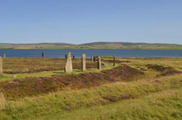 The Ring of Brodgar is a Neolithic monument / henge and stone circle at Brodgar on the Orkney Islands. (Stevekeiretsu / CC BY-SA 3.0)