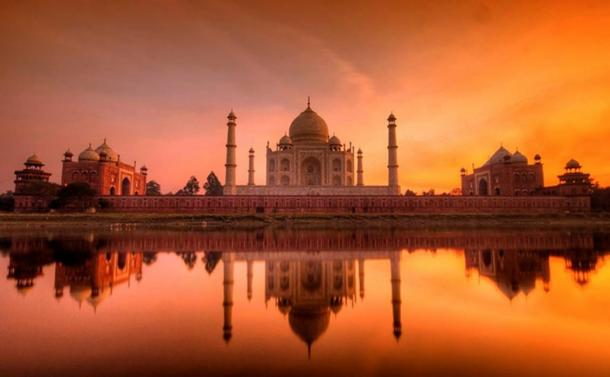 The Taj Mahal at sunset.