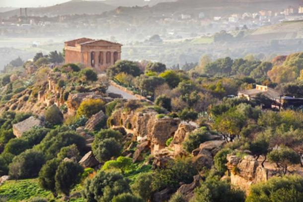 The Temple of Concordia, Valley of the Temples (crocicascino/ Adobe Stock)