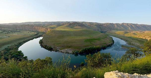 The Tigris River in Êlih-Hafizbiniyan