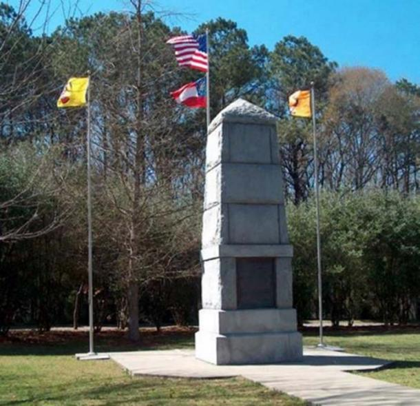 The Trail of Tears Memorial in New Echota, Georgia, remembers the 5,000 Cherokee Indians who died on the trail. (Public Domain)