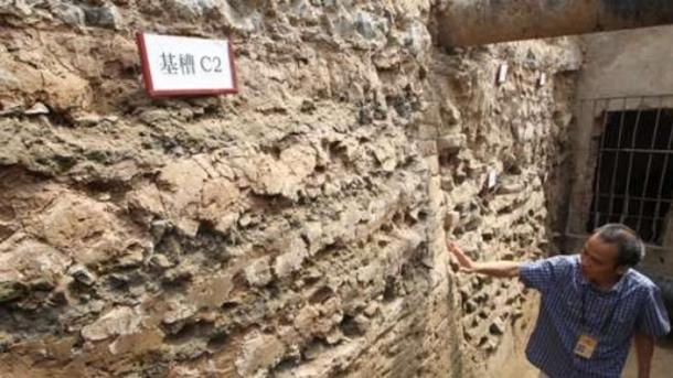 The Yuan foundation has rubble that dates to earlier dynasties.
